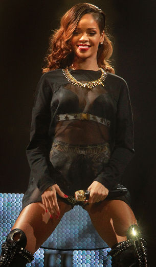 rihanna ottawa may 2013